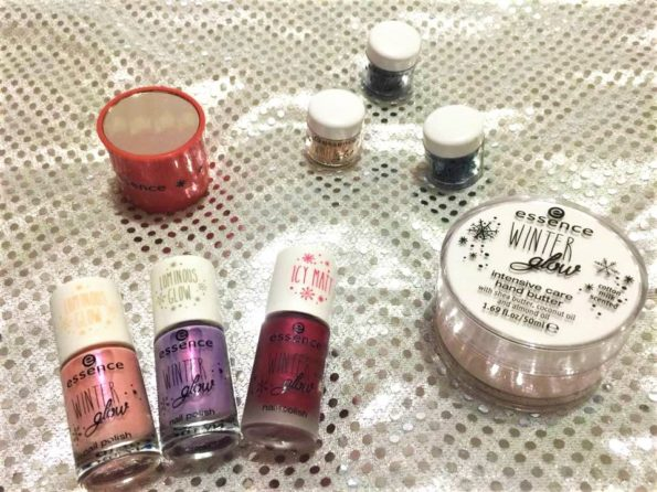 REVIEW | ESSENCE WINTER GLOW | Recensione | Reseña